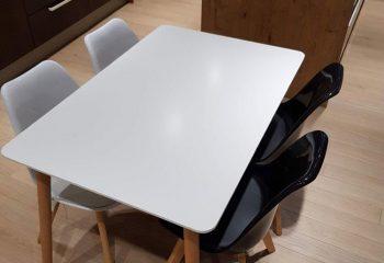 DanKuchen, studioHR, RASPRODAJA - stol i četiri stolice, stol Cersei i stolice Tyrion, slika 06