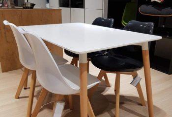 DanKuchen, studioHR, RASPRODAJA - stol i četiri stolice, stol Cersei i stolice Tyrion, slika 02