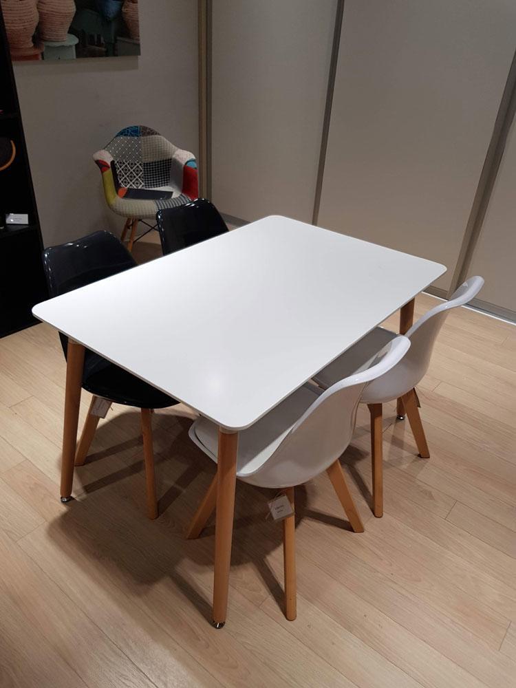 DanKuchen, studioHR, RASPRODAJA - stol i četiri stolice, stol Cersei i stolice Tyrion, slika 03