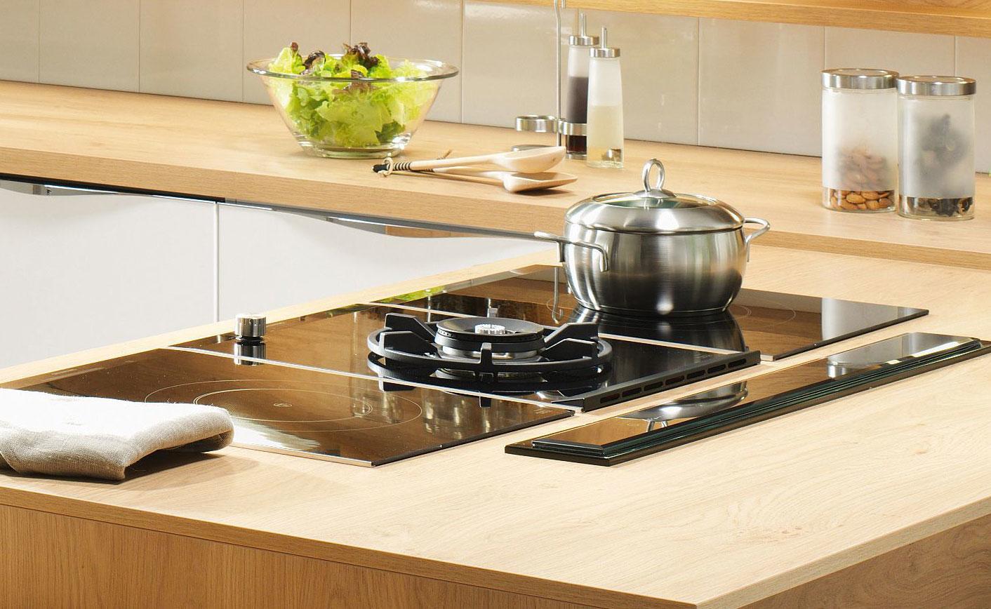 studioHR, DanKuchen Chromform kuhinja bijele boje visokog sjaja, slika 08