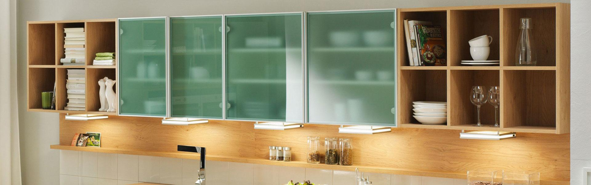 studioHR, DanKuchen Chromform kuhinja bijele boje visokog sjaja, slika 04
